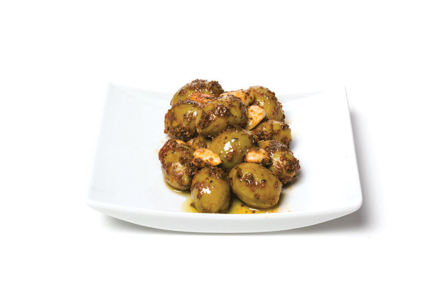 kassandra salad green olives whole with chilly